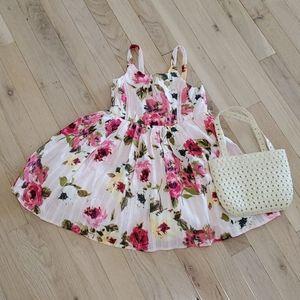 Lilt girl's dress. Size 4. NWOT